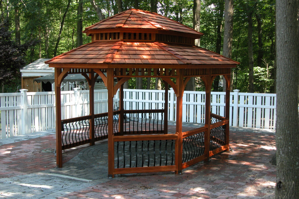 Boston railing and stain color but not roof type